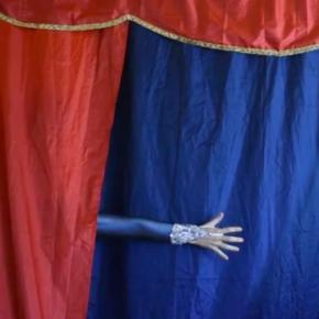 Yamila Belen Colombo Borlenghi - Titania & the Magic Show (reversión)